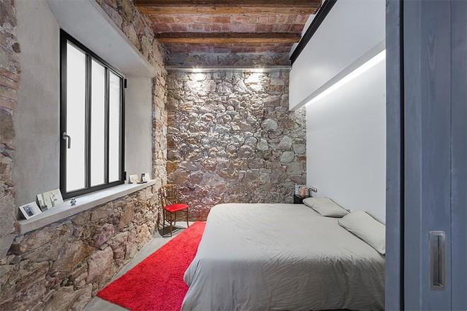 10 Kiểu phòng ngủ mới nhất 2020 với tường đá và gạch thô